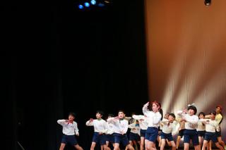 「届け!元気の架け橋」。小学生ダンスチームがライブイベントを開催!